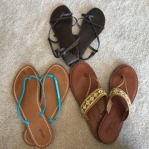 3 Pairs of AE Sandals